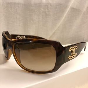 Chanel Sunglasses 6018